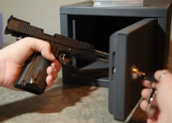 Disadvantages of Having a Hidden Gun Safe