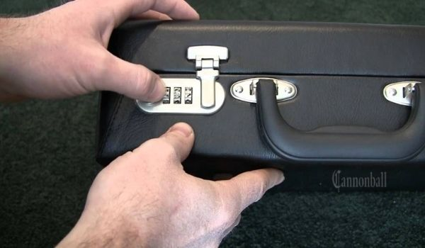 How to Open a Safe With 3 Number Combination